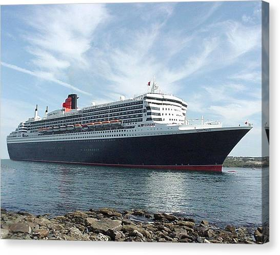 Queen Mary 2 In Halifax Canvas Print