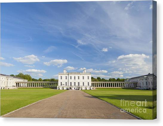 Queen's House In Greenwich Canvas Print by Roberto Morgenthaler