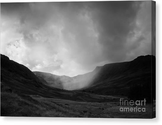 Rain In Riggindale Canvas Print
