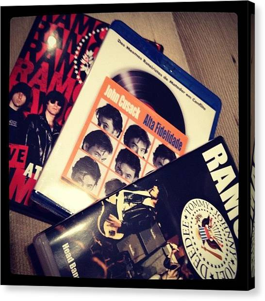 Punk Canvas Print - #ramones #punk #punkrock #filme #movie by Marco Santos