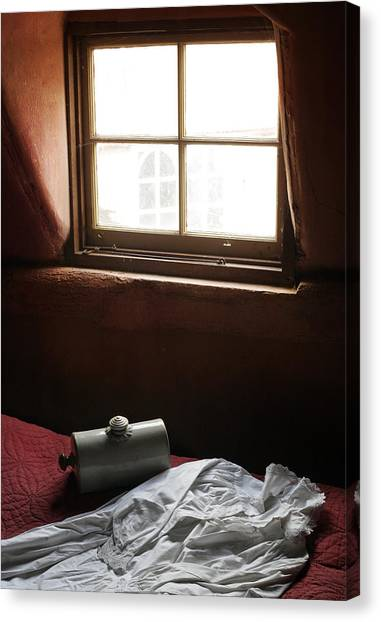 Ready For Bed Canvas Print by Stephen Norris