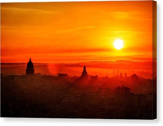 Red Dawn In Havana Canvas Print