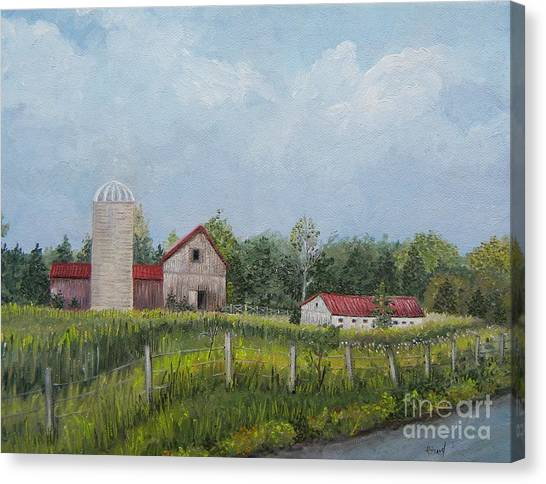 Red Roof Barns Canvas Print