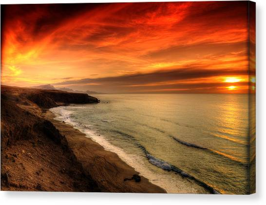 Red Serenity Sunset Canvas Print