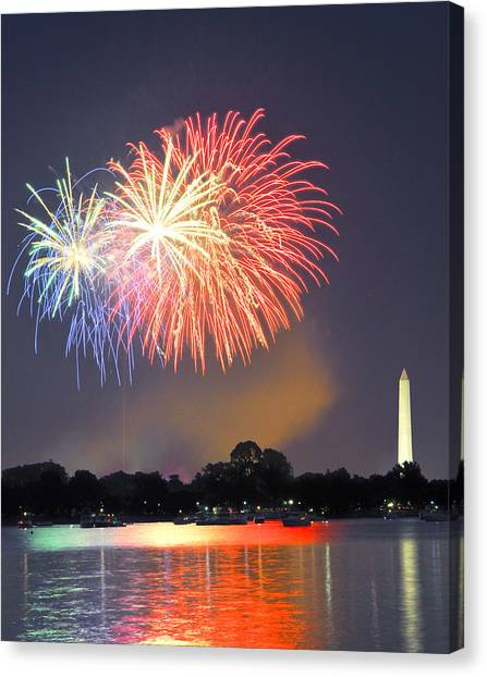 Red White And Blue Over The Potomac Canvas Print