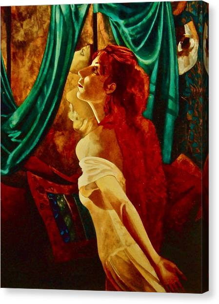 Redhead In The Mirror Canvas Print by Susan Tammany