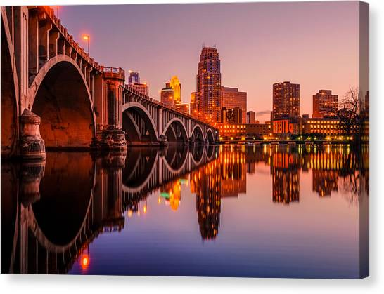 Reflecting Beauty Minneapolis Mn Canvas Print