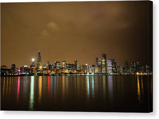 Reflections From The Chicago Skyline Canvas Print