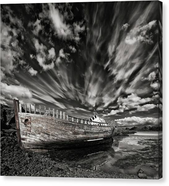 Resting There (mono) Canvas Print by ?orsteinn H. Ingibergsson