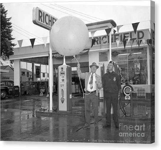 Canvas Print featuring the photograph Richfield Station Opening  by Merle Junk