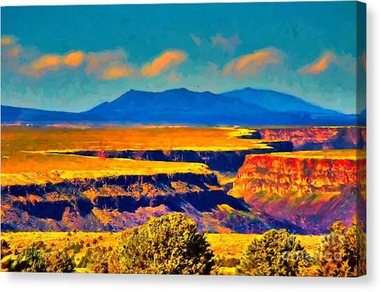 Rio Grande Gorge Lv Canvas Print