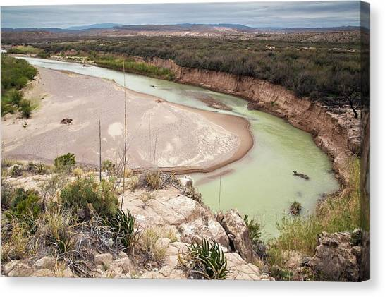 Rio Grande River Canvas Print - Rio Grande In Boquillas Canyon by Bob Gibbons/science Photo Library