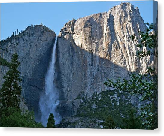 Rising Sun At Upper Yosemite Falls Canvas Print