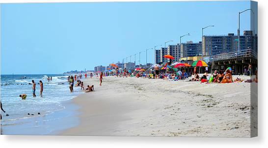 Rockaway Beach And Boardwalk Summer 2012 Canvas Print