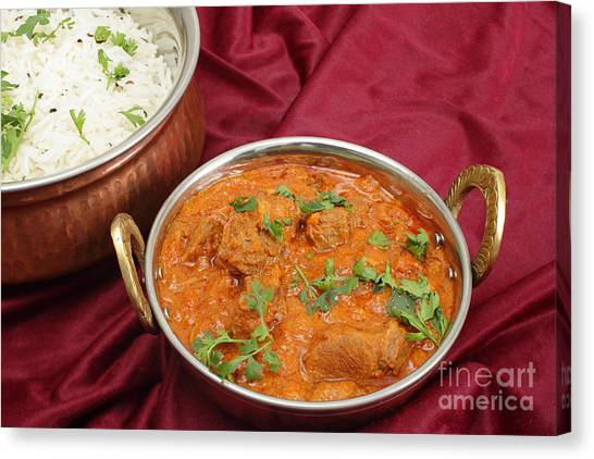Rogan Josh In Kadai Bowl Canvas Print by Paul Cowan