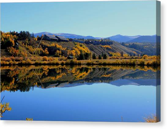 Rooms With A View Canvas Print