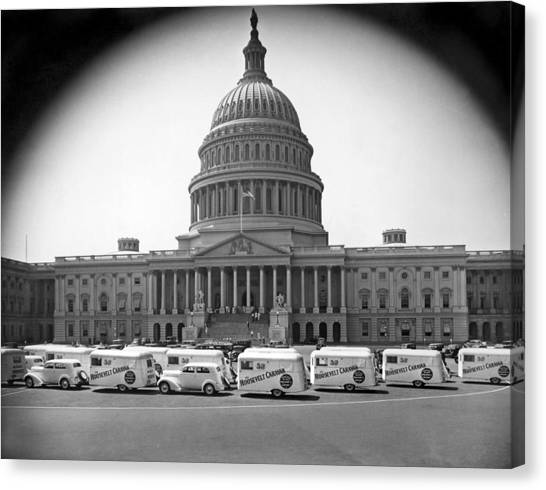 Capitol Building Canvas Print - Roosevelt Caravan Trailers by Underwood Archives
