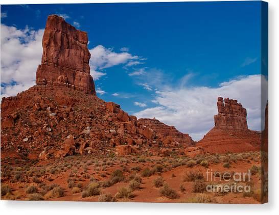 Sandy Desert Canvas Print - Rooster Rock by Robert Bales