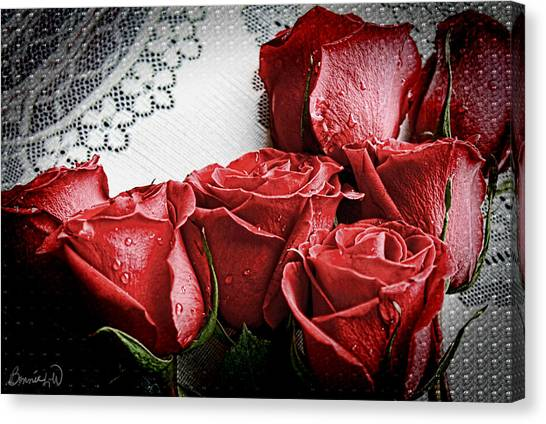 Roses To Remember Canvas Print