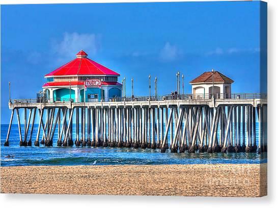 Ruby's Surf City Diner - Huntington Beach Pier Canvas Print