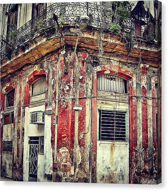 Iger Canvas Print - Ruins - Havana once Upon A Time by Joel Lopez