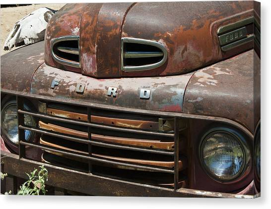 Rusted Ford In Hackberry Canvas Print