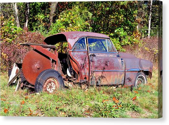 Rusted Old Car Canvas Print