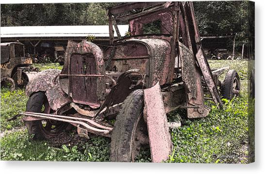 Rusted Pickup In Pieces Canvas Print