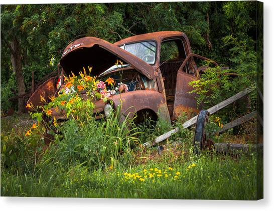 Rusty Truck Flower Bed - Charming Rustic Country Canvas Print
