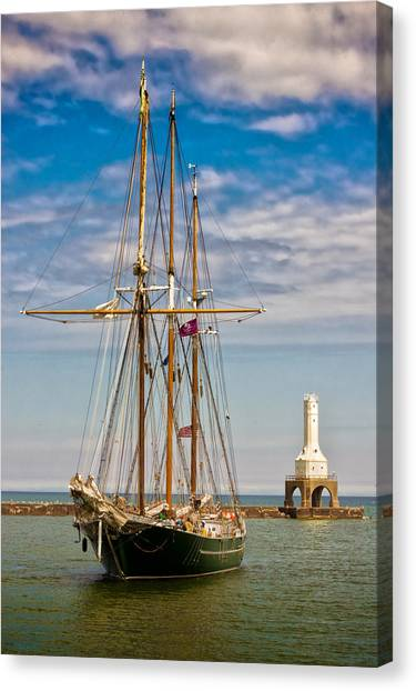 s/v Denis Sullivan Canvas Print