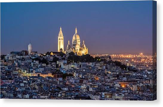 Sacred Heart At The Summit Of Montmartre Paris Canvas Print