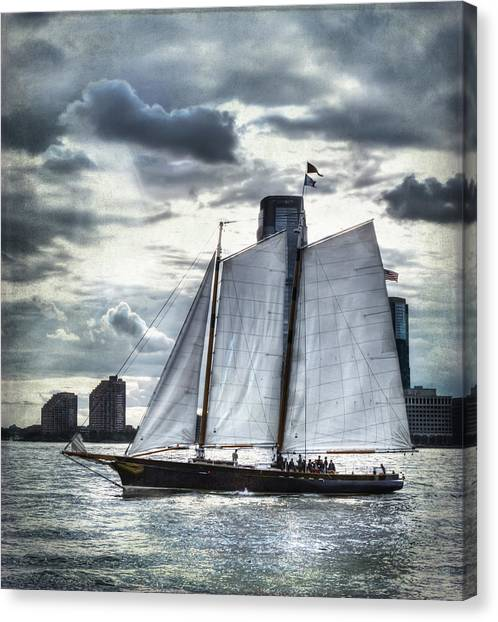 Sailing On The Hudson Canvas Print