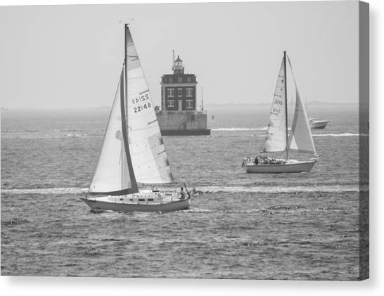 Sailing Past Ledge Light - Black And White Canvas Print
