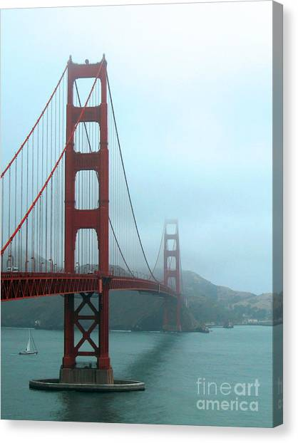 Sailing Under The Golden Gate Bridge Canvas Print