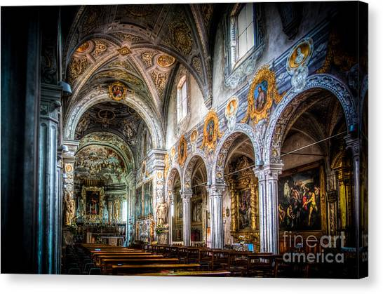 Saint George Basilica Canvas Print