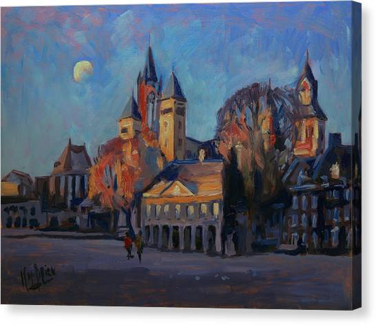 Saint Servaas Basilica In The Morning Canvas Print
