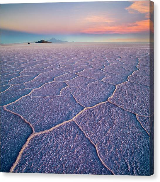 South American Canvas Print - Salar De Uyuni by Ignacio Palacios
