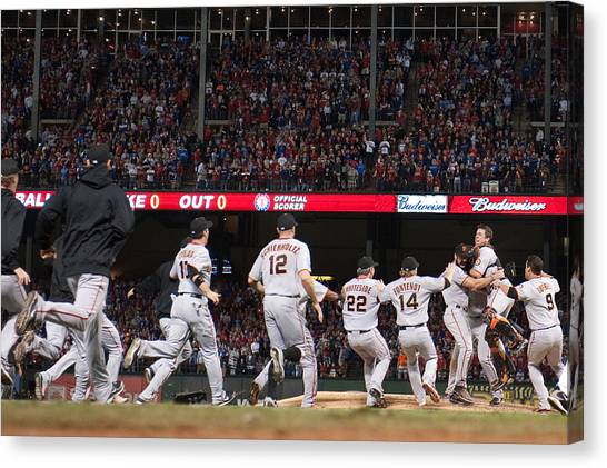 San Francisco Giants V Texas Rangers, Game 5 Canvas Print by Rob Tringali