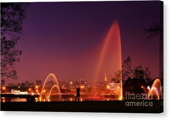 Sao Paulo - Ibirapuera Park At Dusk - Contemplation Canvas Print