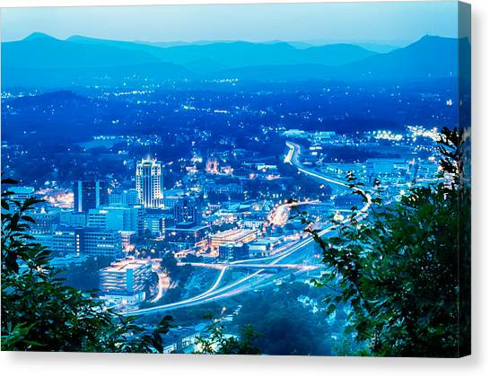 Scenics Around Mill Mountain Roanoke Virginia Usa Canvas Print
