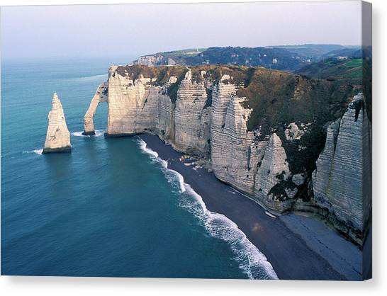 Etretat Canvas Print - Sea Stack And Arch by Pascal Goetgheluck/science Photo Library