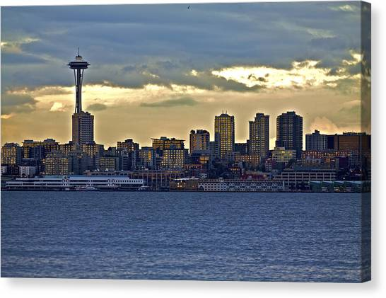 Seattle Skyline In Twilight Canvas Print