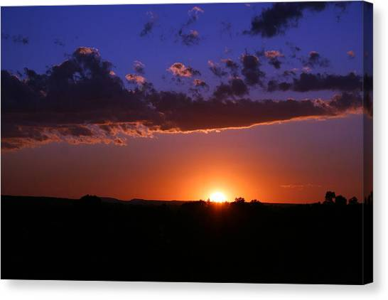 Setting The Western Sky Canvas Print