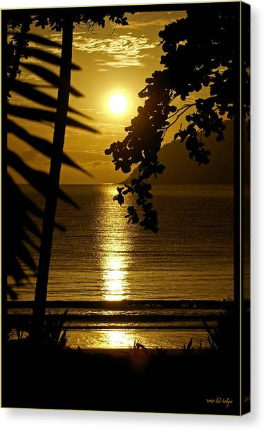 Beach Sunrises Canvas Print - Shimmer by Holly Kempe