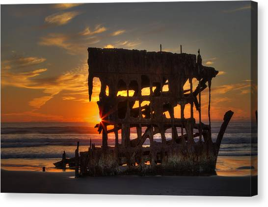Peter Iredale Canvas Print - Shipwreck Sunburst by Mark Kiver