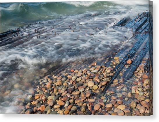 Shipwreck Waves Canvas Print