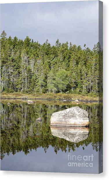 Canvas Print featuring the photograph Shoal Pond - White Mountains New Hampshire by Erin Paul Donovan