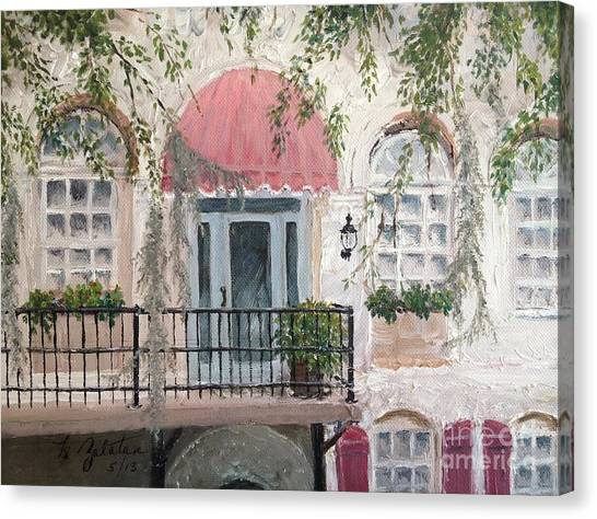 Shopping In Savannah Canvas Print