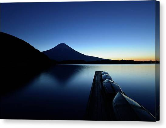 Lake Sunrises Canvas Print - Silence by Manabu Isei