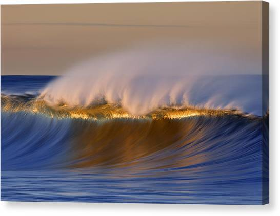 Simple Wave  Mg_4356 Canvas Print